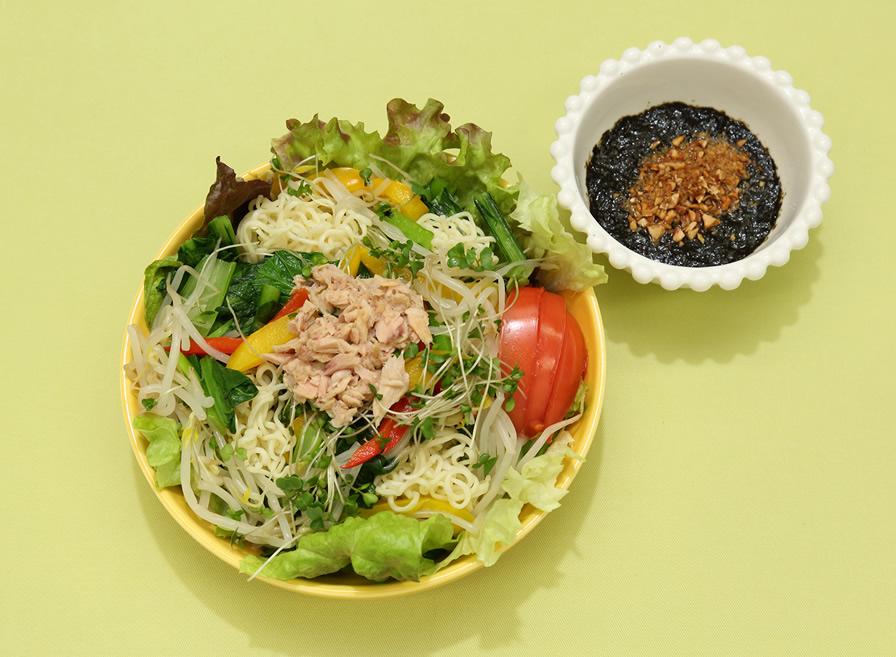 ビタミネラー麺サラダ